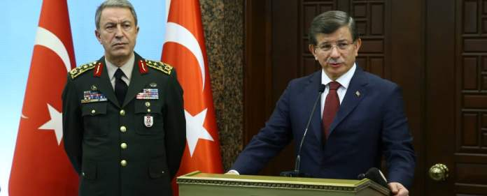 Ahmet Davutoğlu auf Pressekonferenz nach Anschlag in Ankara