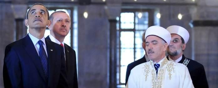 Obama und Erdoğan in der Sultanahmet-Moschee