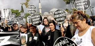 Demonstration nach der Ermordung von Hrant Dink