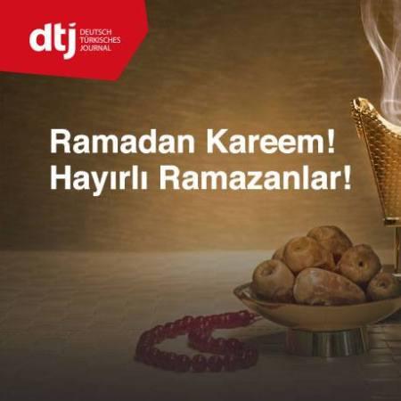 Muslime freuen sich über eine kurze Nachricht jeweils zum Beginn und Ende des Ramadan.