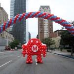 balloon robot under balloon arch