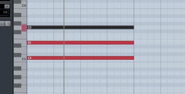 C(ド・ミ・ソ)を全音符で打ち込む(画面はCubase Elements 8)