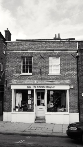 20 High St Petersfield C16-18
