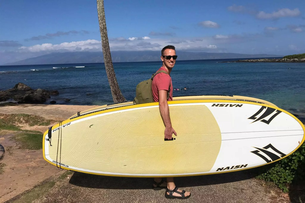 Maui Dom Carrying Paddle boards