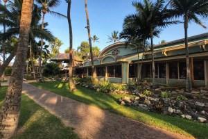 Maui Mamas Fish House Exterior