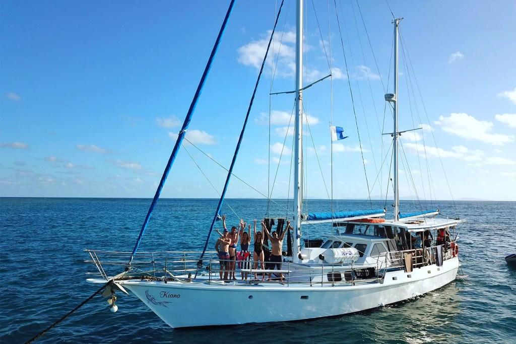 Kiana Sailboat Group
