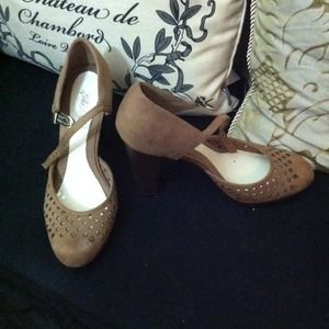 Lela Rose by payless Shoes - Picnic heels!! Summer Sale