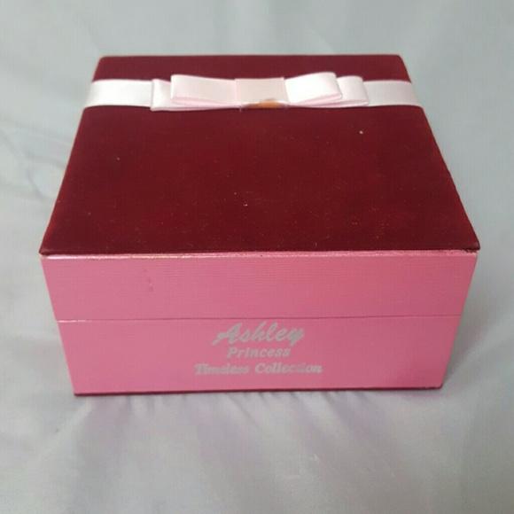 ashley princess timeless collection jewelry set