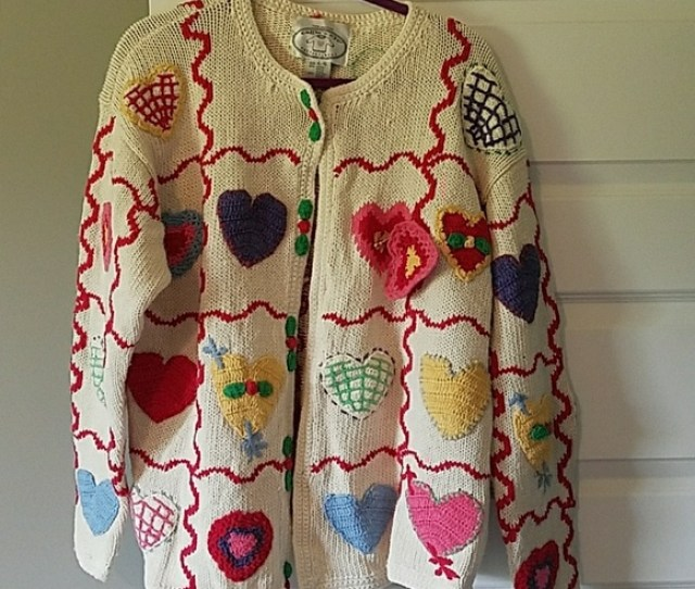 Eagles Eye Sweaters Beautiful Collectible Heart Sweater