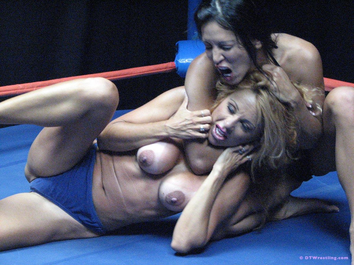 Stacy Burke  nackt
