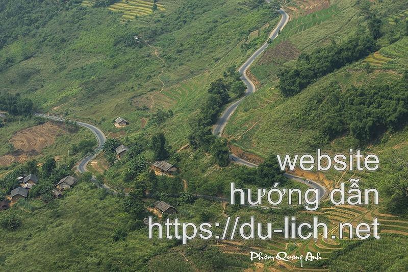Những con đường từ TP Hà Giang lên Quản Bạ và vào làng dệt thổ cẩm Lùng Tám