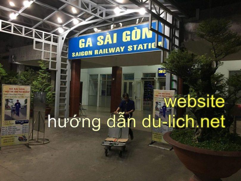 Ga Sài Gòn nơi tàu bắt đầu khởi hành vào khoảng 20 giờ 30 mỗi buổi tối