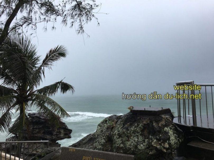 Review kinh nghiệm du lịch Phú Quốc bị mưa gió (4)