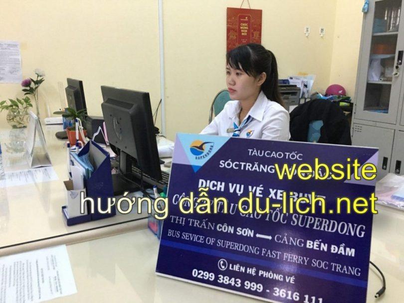 Quầy bán vé tàu Super Dong Côn Đảo tại cảng Trần Đề Sóc Trăng