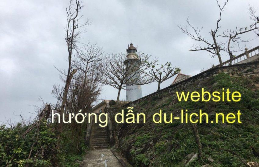 Hình ảnh ngọn hải đăng Kê Gà ở Mũi Điện