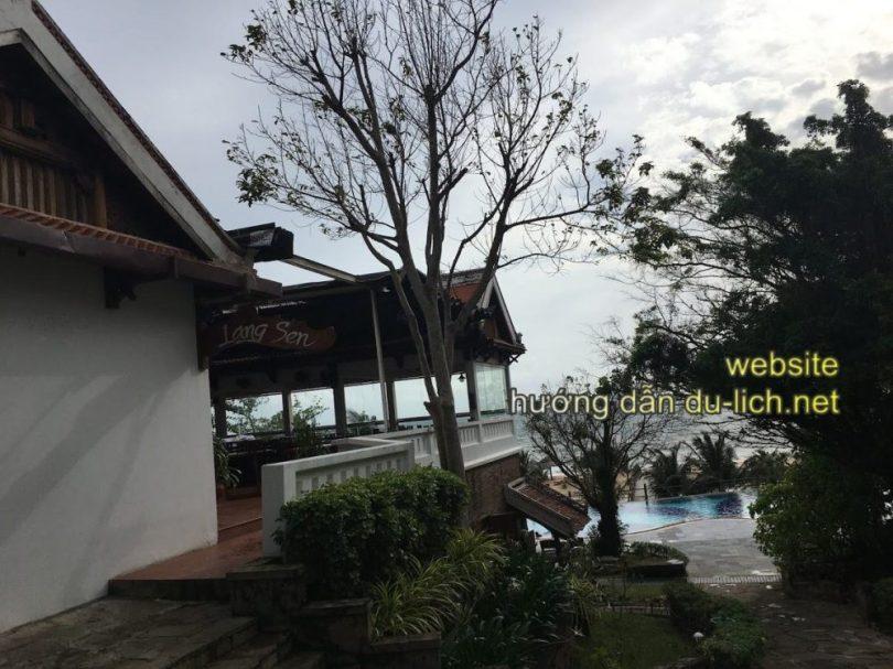 Khu nhà Làng Sen- nơi ăn buffet tại Long Beach Resort Phu Quoc (11)