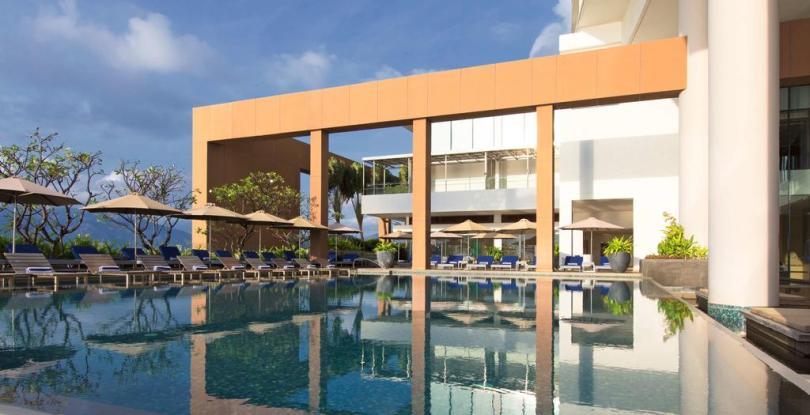 Những khách sạn Nha Trang có chỗ đậu xe - khách sạn Saraton Nha Trang