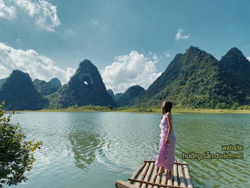 Review Cao Bằng: Hình ảnh núi Thủng + hồ Mắt thần Cao Bằng: Ảo tung chảo, nước lên đầy ma mị