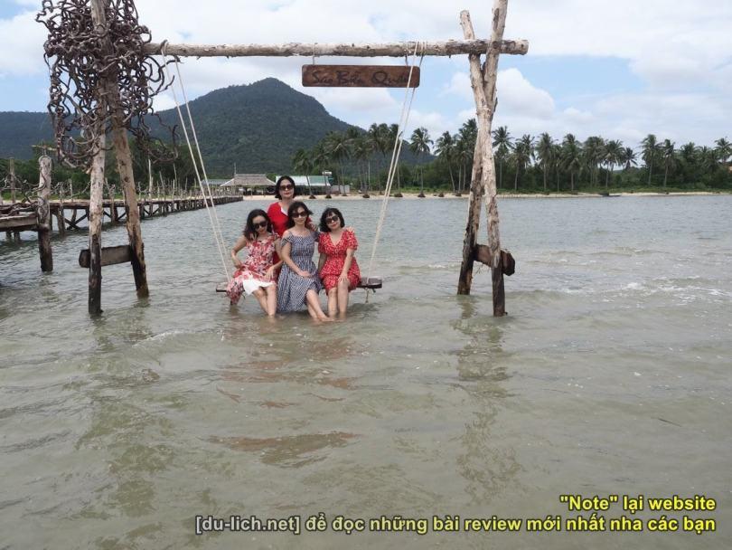 Chụp ảnh ở làng chài Hàm Ninh_26601