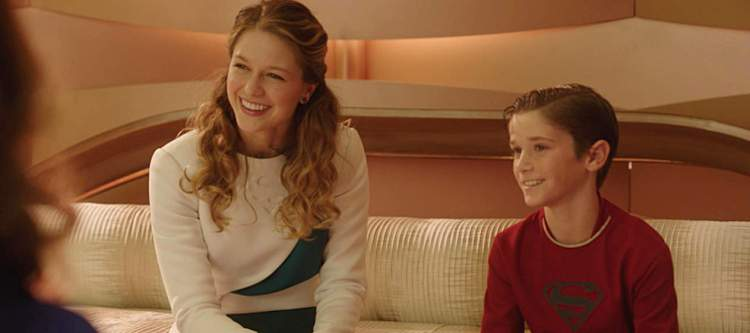 """For The Girl Who Has Everything"" -- When a parasitic alien attaches itself to Kara (Melissa Benoist, left) and traps her in a dream world where her family is alive and her home planet was never destroyed, Kara's beloved cousin Kal-El (Daniel DiMaggio, right) joins her and her parents in domestic Kryptonian bliss, where neither of them needed to escape to Earth, or become super heroes, on SUPERGIRL, Monday, Feb. 8 (8:00-9:00 PM, ET) on the CBS Television Network."