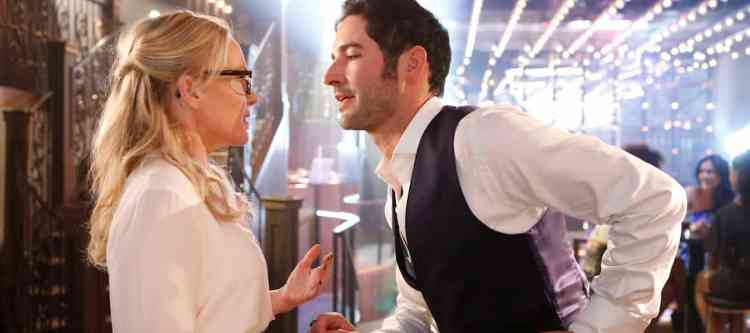 """LUCIFER: L-R: Rachael Harris and Tom Ellis in the """"Monster"""" episode of LUCIFER airing Monday, Oct. 31 (9:01-10:00 PM ET/PT) on FOX.   ©2016 Fox Broadcasting Co. Cr: Bettina Strauss/FOX."""