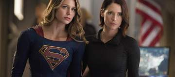 "Supergirl -- ""The Last Children of Krypton"" -- Image SPG202b_0146 -- Pictured (L-R): Melissa Benoist Kara/Supergirl and Chyler Leigh as Alex Danvers -- Photo: Diyah Pera/The CW -- © 2016 The CW Network, LLC. All Rights Reserved"