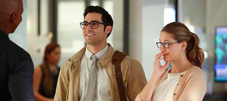 "Supergirl -- ""The Adventures Of Supergirl"" -- Image SPG201b_0002 -- Pictured (L_R) Tyler Hoechlin as Clark and Melissa Benoist Kara -- Photo: Bettina Strauss/The CW -- © 2016 The CW Network, LLC. All Rights Reserved"
