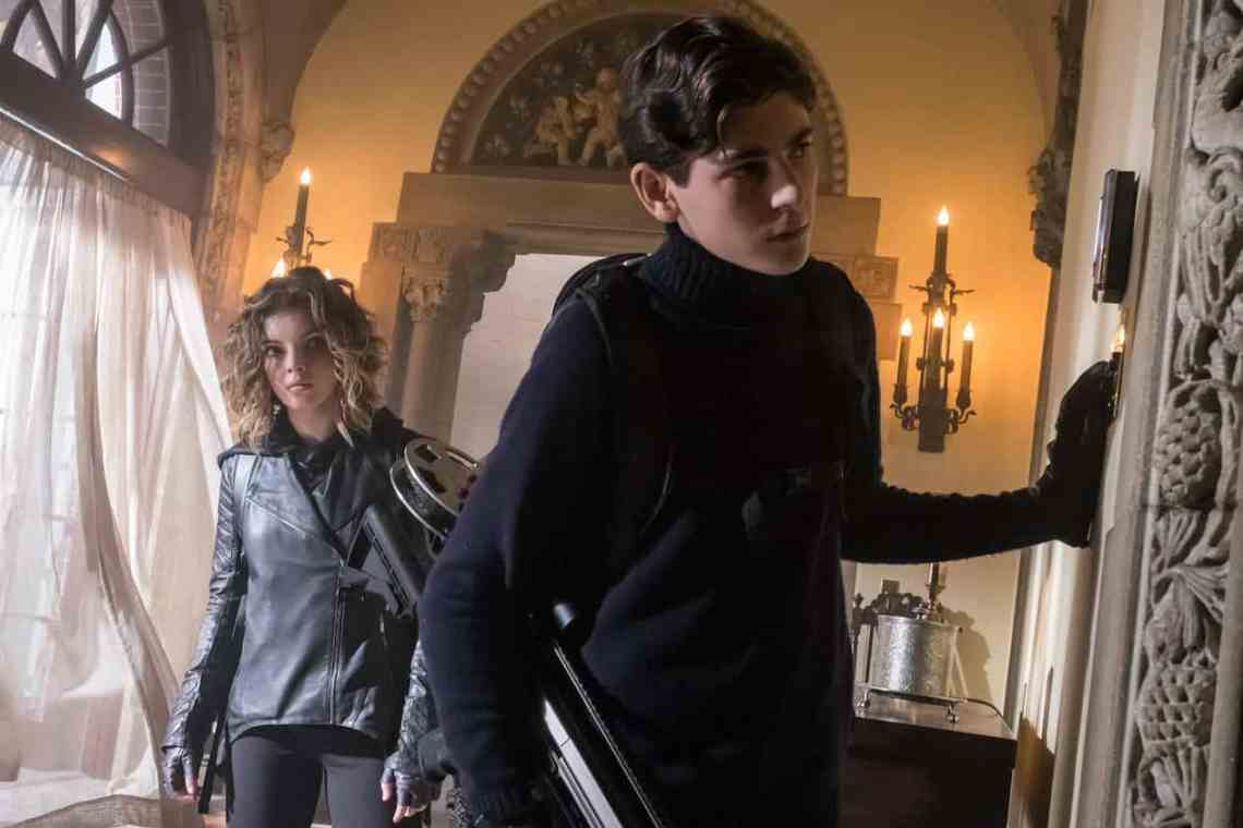"GOTHAM: L-R: Camren Bicondova and David Mazouz in the ""Mad City: Time Bomb"" episode of GOTHAM airing Monday, Nov. 21 (8:00-9:01 PM ET/PT) on FOX. Cr: Jeff Neumann/FOX."