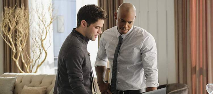 """Supergirl -- """"The Darkest Places"""" -- Image SPG207b_0296 -- Pictured (L-R): Jeremy Jordan as Winn Schott and Mehcad Brooks as James Olsen -- Photo: Robert Falconer/The CW -- © 2016 The CW Network, LLC. All Rights Reserved"""