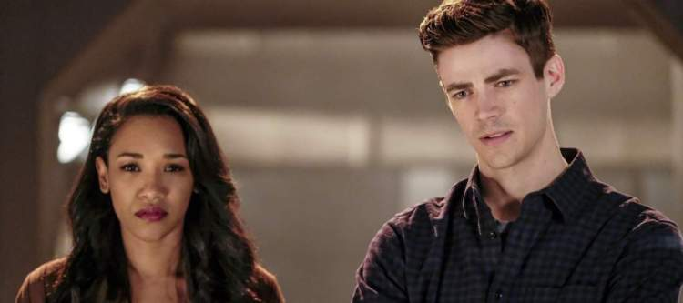 """The Flash -- """"The Wrath of Savitar"""" -- FLA315a_0038b.jpg -- Pictured (L-R): Candice Patton as Iris West and Grant Gustin as Barry Allen -- Photo: Bettina Strauss/ The CW -- © 2017 The CW Network, LLC. All rights reserved."""