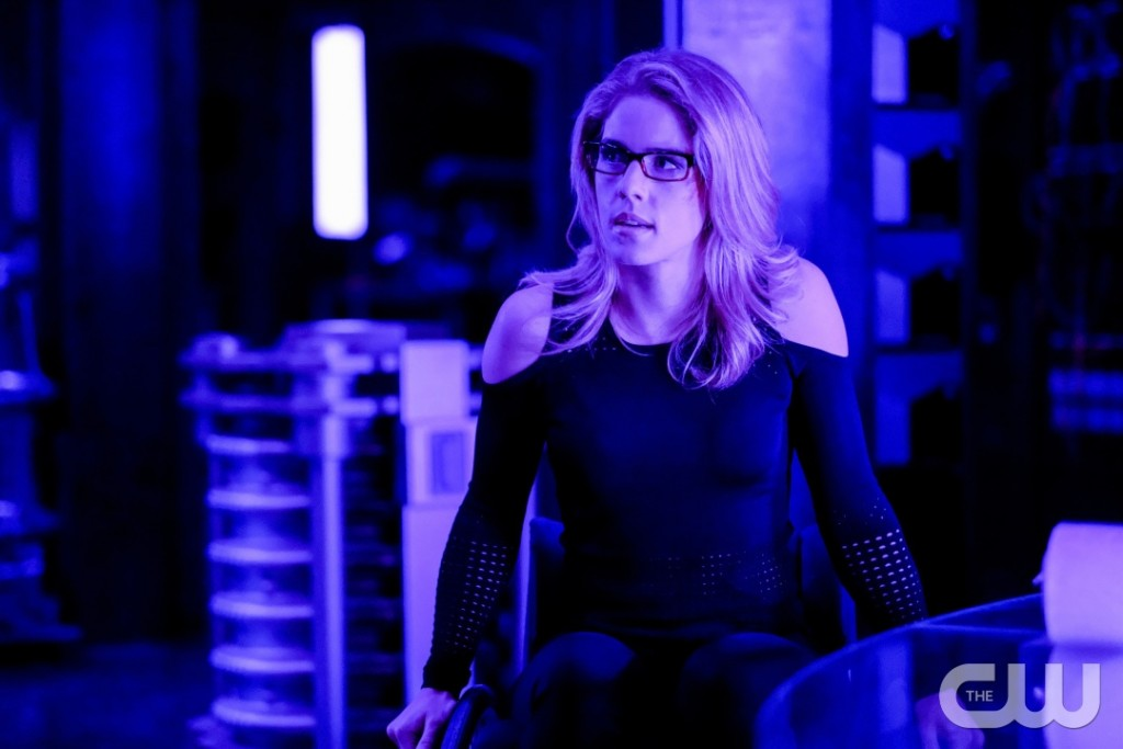 """Arrow -- """"Underneath""""-- Image AR520a_0063b.jpg -- Pictured: Emily Bett Rickards as Felicity Smoak -- Photo: Robert Falconer/The CW -- © 2017 The CW Network, LLC. All Rights Reserved."""