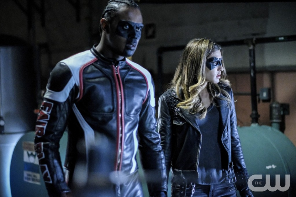"""Arrow -- """"Honor Thy Fathers"""" -- Image AR521a_0135b.jpg -- Pictured (L-R): Echo Kellum as Curtis Holt/Mr.Terrific and Juliana Harkavy as Tina Boland/Dinah Drake-- Photo: Robert Falconer/The CW -- © 2017 The CW Network, LLC. All Rights Reserved."""