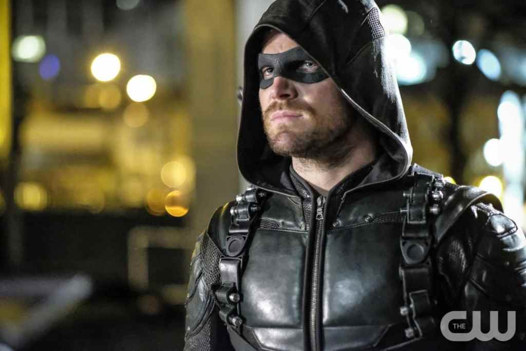 "Arrow -- ""Honor Thy Fathers"" -- Image AR521a_0151b.jpg -- Pictured: Stephen Amell as Oliver Queen/The Green Arrow -- Photo: Robert Falconer/The CW -- © 2017 The CW Network, LLC. All Rights Reserved."