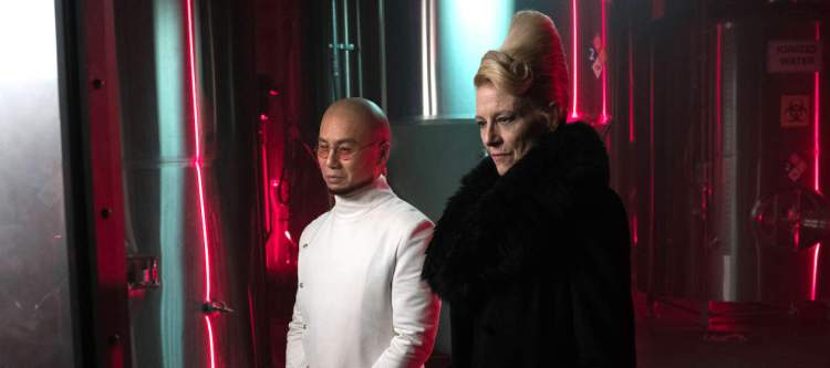 """GOTHAM: L-R: Guest stars BD Wong and Leslie Hendrix in the """"Heroes Rise: Light The Wick"""" episode of GOTHAM airing Monday, May 15 (8:00-9:01 PM ET/PT) on FOX. Cr: Jessica Miglio/FOX"""