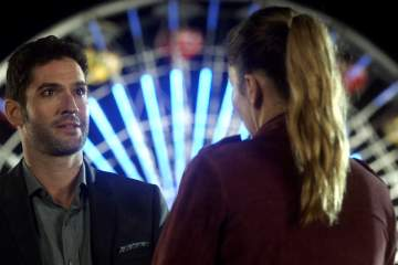 "LUCIFER: L-R: Tom Ellis and Lauren German in the ""The Good, the Bad and the Crispy"" season finale episode of LUCIFER airing Monday, May 29 (9:01-10:00 PM ET/PT) on FOX. Cr: FOX"