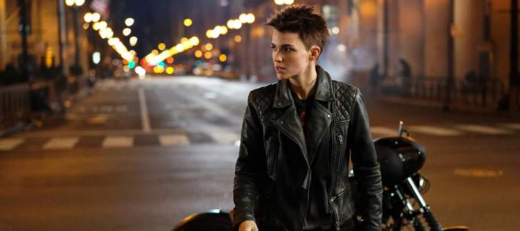 Ruby Rose in front of a motorcycle in Batwoman Pilot Episode