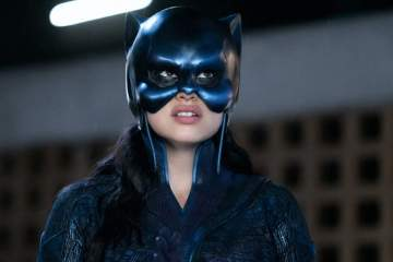 Yvette Monreal as Yolanda Montez donning the Wildcat cowl