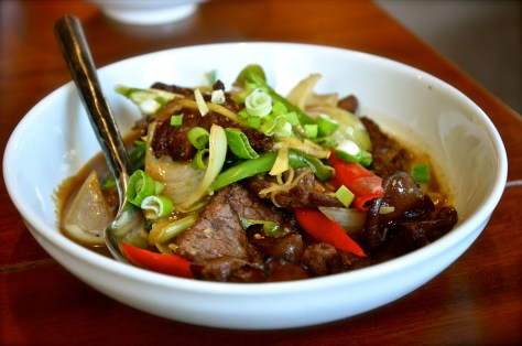 Ginger Beef Stir-fry - Dhs 59 - Thai pepper, chilli, spring onions