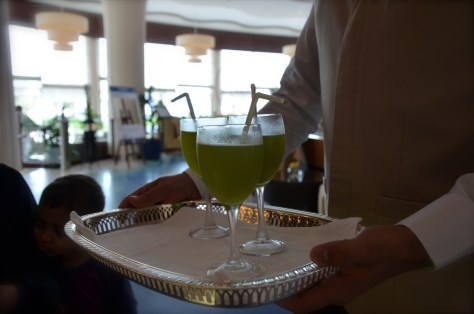 Welcome drink at Danat Jebel Dhanna Resort during our check in to the hotel