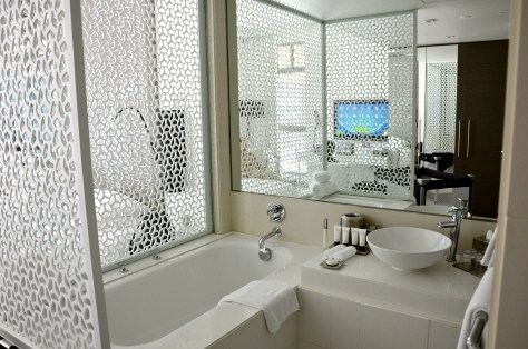 An open plan bathroom
