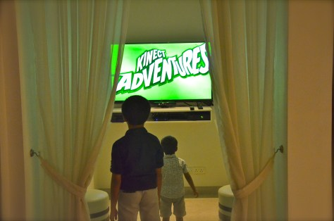 Xbox fun at 3in1 restaurant - Vida Downtown Dubai