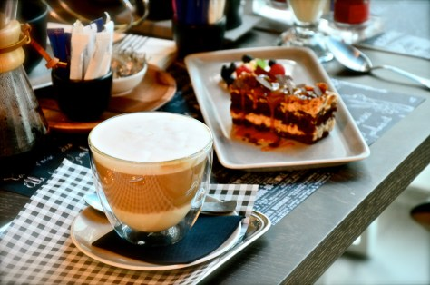 Caffee Latte - Aed 17