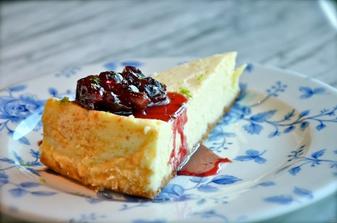 NEW YORK CHEESECAKE with Glazed cherries