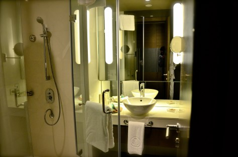 Sleek Bathroom of Club Rotana Suite