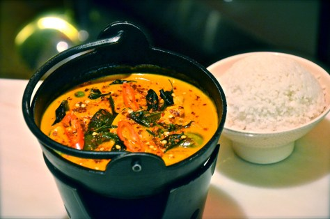 Red chicken curry - AED 80