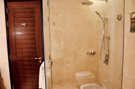 Rain Shower - en-suite bathroom of Club Junior Suite, Dusit Thani Abu Dhabi
