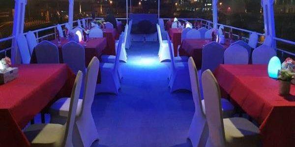 dhow-cruise-marina-upper-deck-600x450