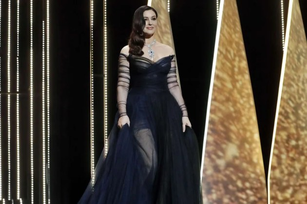 16 Monica-Bellucci CANNES FESTIVAL DUBAI FASHION NEWS
