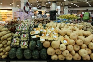 Fruit and vegetables at the Waitrose supermarket in Dubai Mall. Suppliers are increasing pressure on large retailers to increase prices.  Pawan Singh / The National