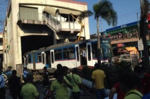 Image Credit: Social media Numerous passengers were injured when a coach of the line 3 of Metro in Manila slammed through a concrete barrier following a reported technical glitch.